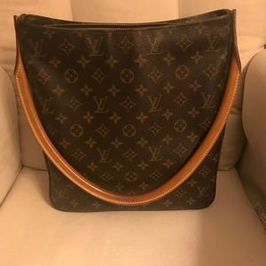 Authentic Louis Vuitton Looping GM Please READ ALL